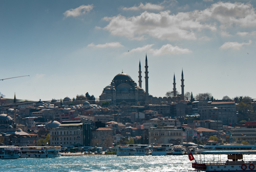 2011-04-22 05 Istanbul - De pr podul Galata
