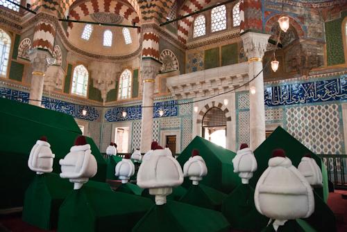 2011-04-26 07 Istanbul - Mausoleele sultanilor