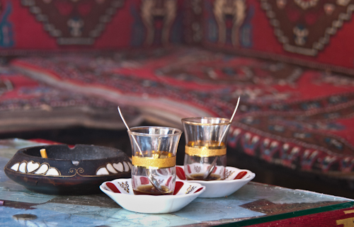2011-04-26 20 Istanbul - La un ceai