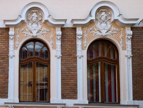 2011-10-08 44 Arad - Casa Str. Georgescu Ion 7