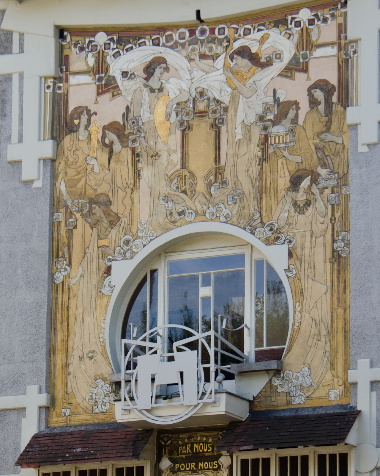 2012-08-1750bruxelles-casacauchie1