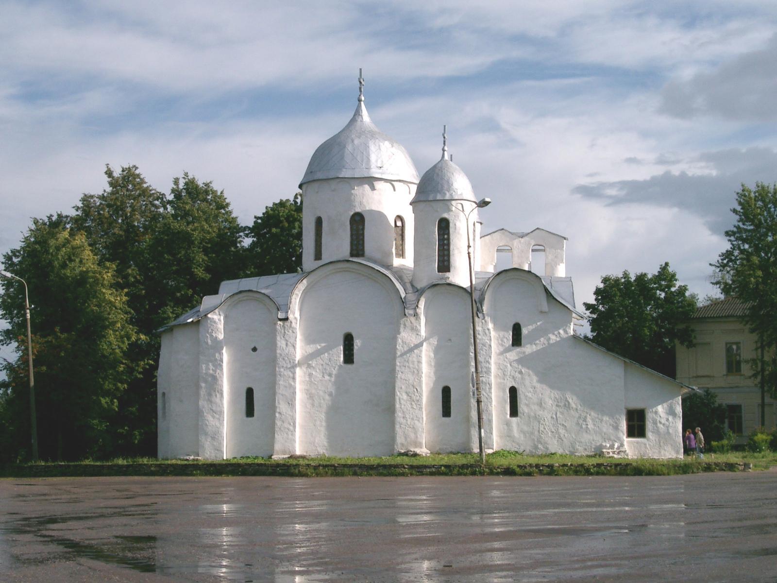 Pskov - Mănăstirea Ioan Înaintemergătorul